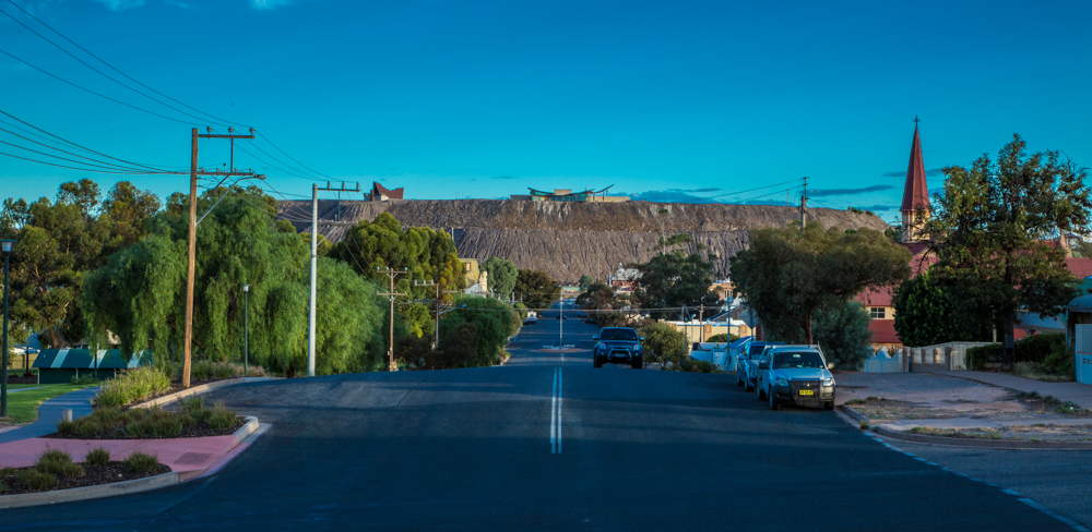 Broken Hill town with dranmatic backdrop of mining waste
